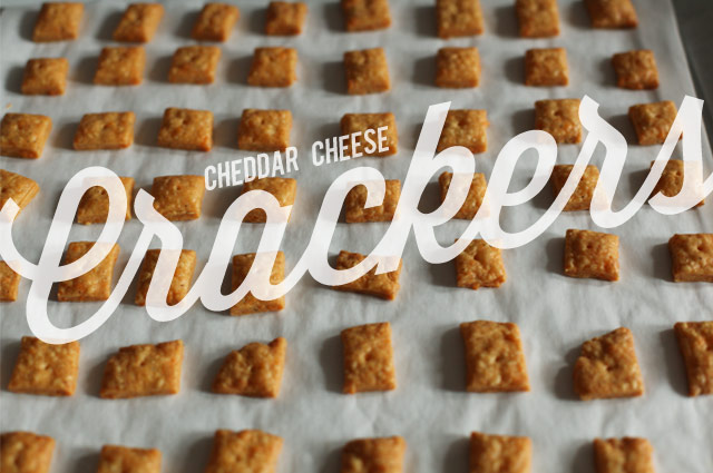 Chedder-cheese-crackers